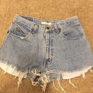 Vintage jean shorts!